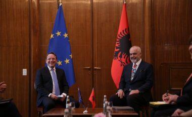 Nis samiti i liderve ballkanikë, Varhelyi zbulon për çfarë do flitet