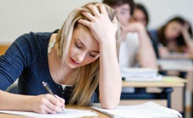 Maturantët zhvillojnë sot provimin në lëndën e Matematikës