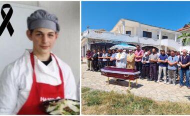I jepet lamtumira Musaenit, djaloshit të pafat në masakrën e Velipojës (FOTO LAJM)