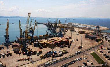 E FUNDIT/ Sasi rekord! Kapen mbi 85 mijë paund brenda një mjeti në Durrës