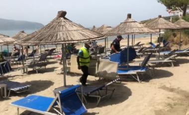 Pastrohet edhe bregdeti i Vlorës, hiqet çdo çadër e çdo shezlong pa leje