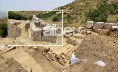 Gjendet një varr i lashtë në Parkun Arkeologjik të Amantias në Vlorë