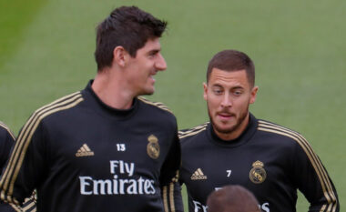E konfirmon Courtois: Hazard do të mbetet te Real Madridi