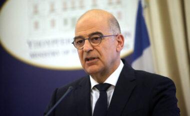 Greqia drejt njohjes së Kosovës? Përgjigjet ministri Dendias