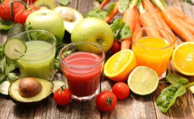 Lëngje të pasura me vitamina për fëmijët