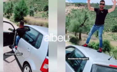 """""""Tik Toku"""" burim aksidenti në Shqipëri, i riu lë makinën pa shofer dhe ngjitet në gabinë (VIDEO)"""