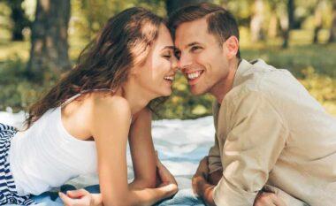 Studimi thotë se shumica e çifteve e fillojnë lidhjen e tyre si miq