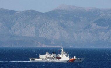Tension në det, anija turke hap zjarr ndaj patrullës greke