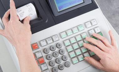 """Fiskalizimi, bizneset bëhen """"lëmsh"""" me faturat; 100 mijë subjekte do përfshihen në faturimin elektronik"""