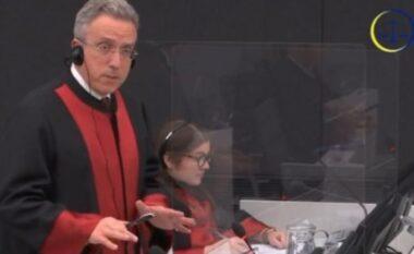 Avokati i Thaçit: Prokuroria kërkonte që gjykimi të niste këtë muaj, tani s'janë gati