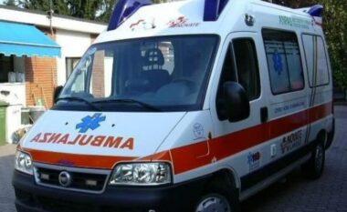 Bie nga lartësia 55-vjeçari, dërgohet me urgjencë në spital