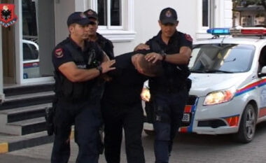 EMRI/ Me kokainë e të dënuar në makinë, si u kap mat efektivi i policisë mes Tiranës (FOTO LAJM)