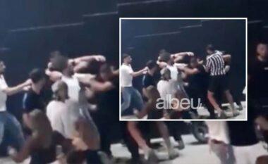 Sherri masiv në Sarandë, arrestohet truproja i lokalit, procedohen 9 të tjerë me shtetësi të ndryshme
