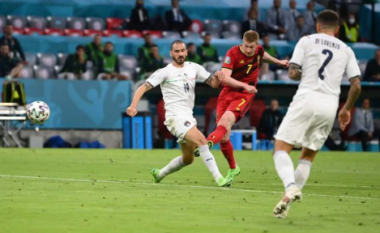 """""""Çmendet"""" Insigne, Italia dhuron spektakël në golin e dytë ndaj Belgjikës (VIDEO)"""