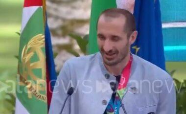 Dedikimi emocionues i Chiellinit pas triumfit në Euro 2020 (VIDEO)
