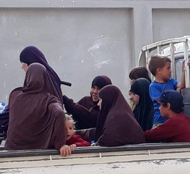 Nga Tirana, Dibra dhe Librazhdi! Detajet për gratë që do të riatdhesohen në Shqipëri, burrat i çuan në Siri