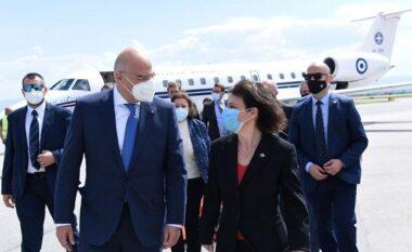 Serbia si po tenton ta ndalojë njohjen e Kosovës nga Greqia, zbulohen sekretet nga media greke?