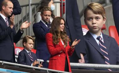 E tallën se veshi kostum në ndeshje, Kate dhe William marrin vendimin drastik për George (FOTO LAJM)