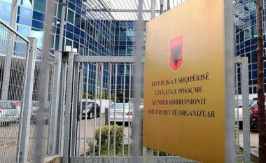GJKKO lë në fuqi masat e sigurisë për zyrtarët e arrestuar të Hipotekës në Tiranë
