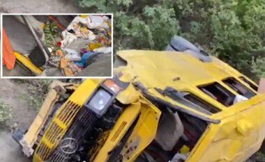 Aksidenti tragjik në Gramsh, arrestohet shoferi i minibusit