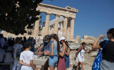 Ishujt në Greqi drejt mbylljes, rastet e reja po rriten me shpejtësi