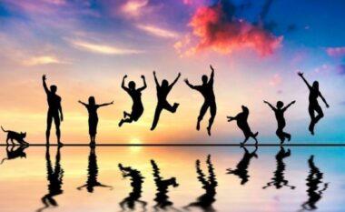 Sa kohë e lirë na duhet për të qenë të lumtur? Çfarë thotë studimi