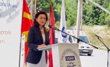 Ambasadorja Kim: Ndihma e SHBA po e bën Ballkanin Perëndimor më të sigurt dhe më  demokratik