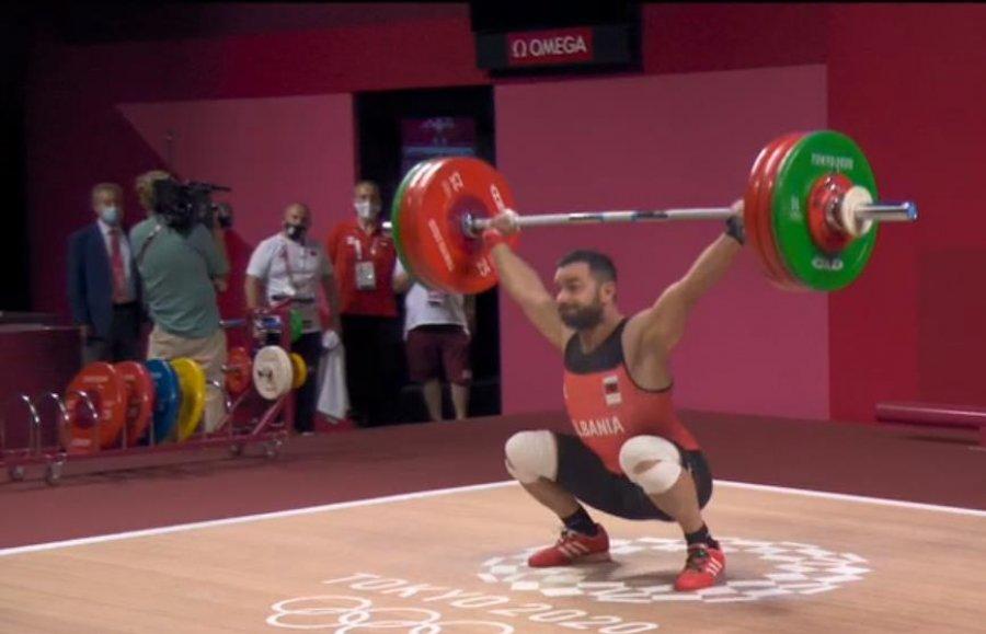 Briken Calja synon medaljen olimpike, ngre 151 kg në shkëputje