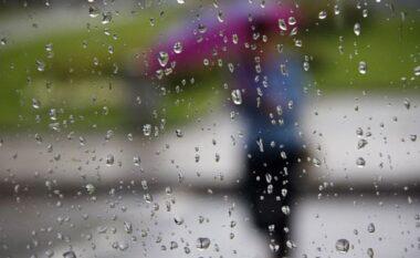 Moti plot me surpriza gjatë fundjavës, stuhi dhe rrebeshe të dielën