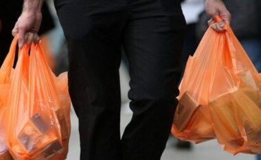 BE, hyn në fuqi ligji që ndalon përdorimin e produkteve plastike njëpërdorimëshe