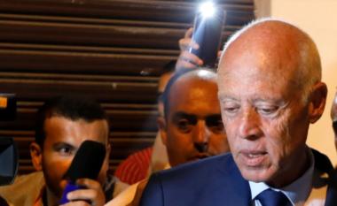 Presidenti shkarkon kryeministrin e Tunizisë pas protestave