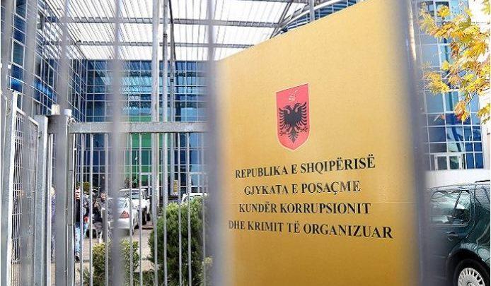 E FUNDIT/ SPAK zbarkon në Kadastrën e Vlorës