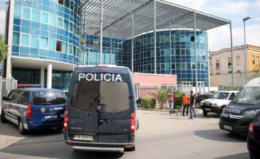 Operacioni i SPAK në Kadastrën e Tiranës, arrestohen dy sekretarë dhe një drejtues