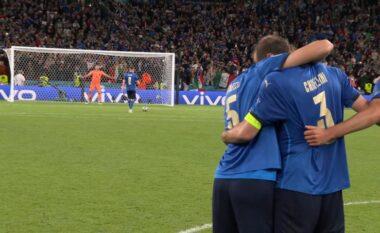 """Lotët e Locatellit pas penalltive, """"gënjeshtra"""" e Jordi Alba te monedha dhe Mancini """"kuzhinieri"""", rrëfehet Chiellini"""
