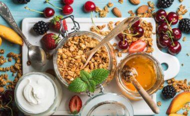 Mbani shënime! 10 ushqimet ideale për mëngjes