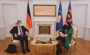 Gjermania pro liberalizimit të vizave për kosovarët (FOTO LAJM)
