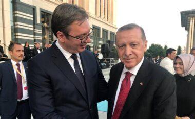 """Lobimi turk për njohjen e Kosovës, Vuçiç nis """"lajkat"""": Erdogan lider i madh, do shkoj të flas me të"""