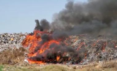 Vijojnë të digjen mbeturinat në Fier,  mjetet e tonazhit të rëndë mbulojnë zjarrin me dhe