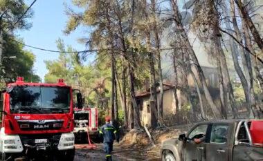 Zjarri në Athinë, ndalohen 4 persona, mes tyre një shqiptar