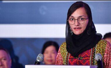 Kryebashkiakja e parë femër në Afganistan: Jam e mbyllur në apartament, po pres të më vrasin