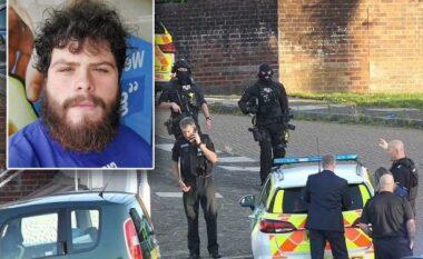Ky është i riu anglez që qëlloi për vdekje 5 persona, mes tyre nënën e vëllain e tij (FOTO LAJM)