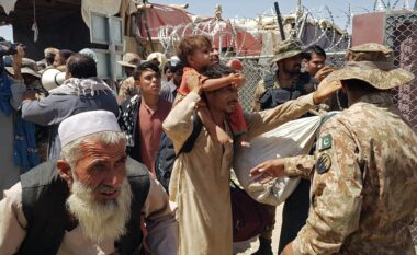 """Tërheqja e trupave amerikane, """"Bien"""" Kandahari dhe Herati, Kabuli drejt rrethimit"""