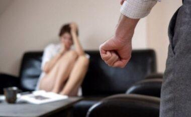 Shqiptarja rrëfen tmerrin që përjetoi nga dhuna e burrit të saj: Nuk po marr frymë!