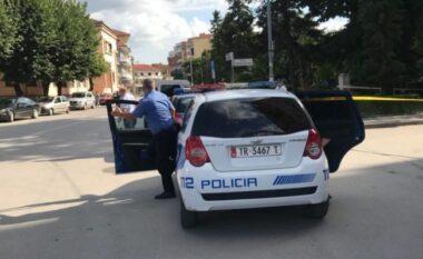 Aksion në Shkodër! Shoferi tapë mundohet t'i arratiset policisë mes qytetit
