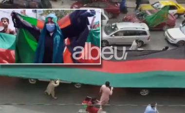 Ka shpresë! Pamje nga protesta e grave në Afganistan: Na vrisni këtu ku jemi? (VIDEO)