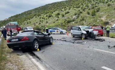 29-vjeçarja vdes në rrugë, aksident tragjik në afërsi të Pogradecit
