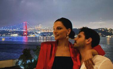 Almeda dhe Tolgahan me pushime në Shqipëri, aktori turk promovon vendin tonë (FOTO LAJM)