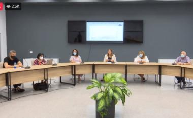 E paralajmëron Manastirliu: Vaksinim i detyrueshëm për disa kategori (VIDEO)