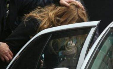 Zbulohet krimi për të cilin akuzohet, ekstradohet gruaja nga Shqipëria në SHBA