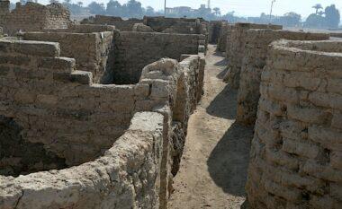 """I përket epokës së Faraonëve, """"del në dritë"""" qyteti i artë 3 mijë vjeçar në Egjipt (FOTOT)"""